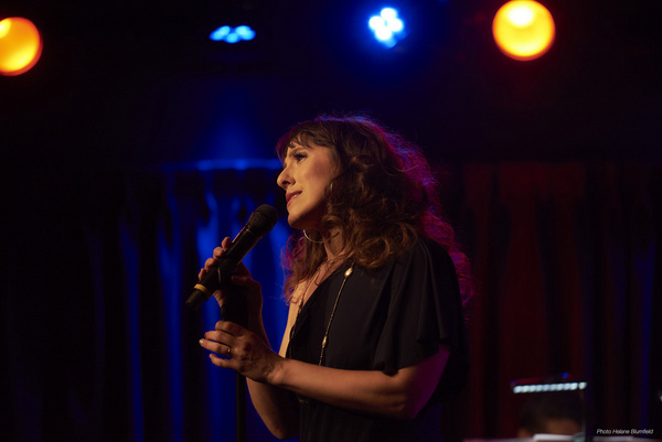 Photos: Farah Alvin Returns to The Green Room 42 With B-SIDE