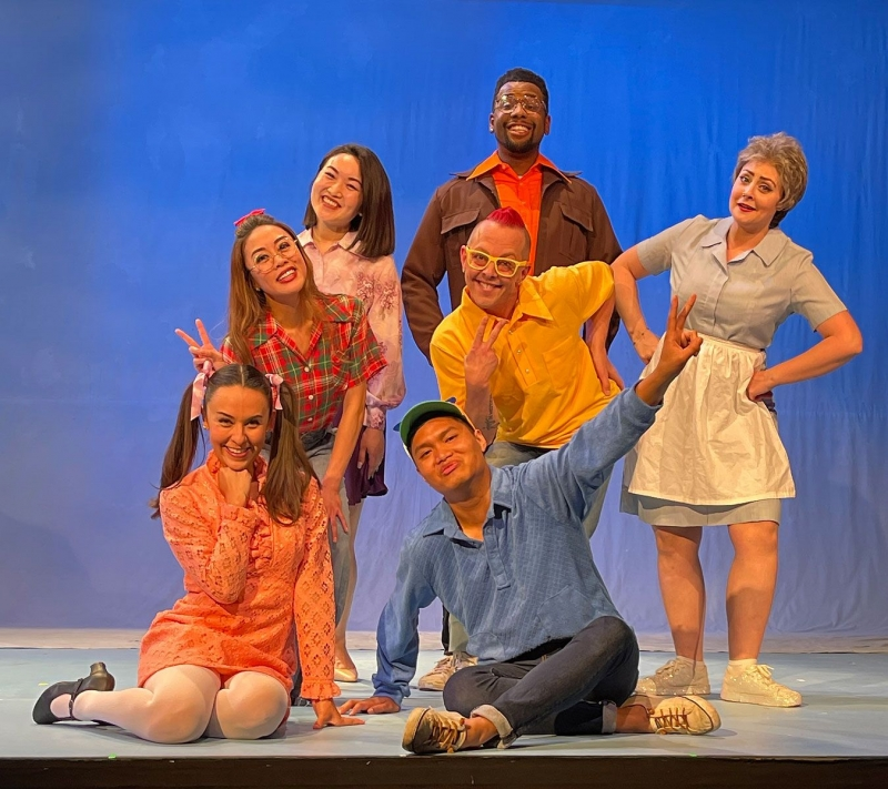BWW Interview: DC Scarpelli & Peter Budinger of DON'T TOUCH THAT DIAL: DC AND PETER'S GLORIOUS ROMP THROUGH THE GOLDEN AGE OF TV THEME SONGS at 42nd Street Moon