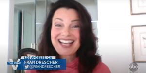 Fran Drescher Chats About THE NANNY Broadway Musical Video