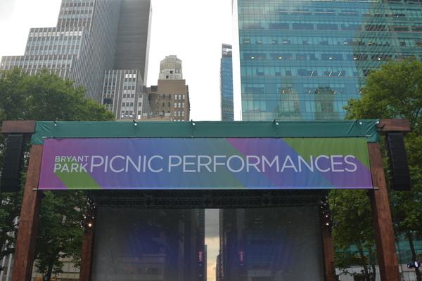 Photos: Jessica Vosk & More Kick Off New York Philharmonic's Bryant Park Picnic Performances
