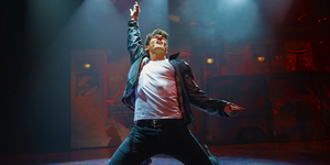 BWW Review: THE MUSIC OF QUEEN WITH THE COLUMBUS SYMPHONY ORCHESTRA at Columbus Commons Photo