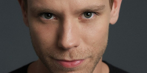 BWW Review: Adam Pascal 'So Far...' Charms Audience at Nashville's Tennessee Performing Ar Photo