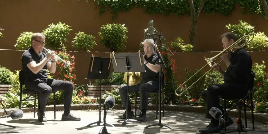 VIDEO: Mostly Mozart Festival Orchestra Musicians Perform for Hospital Workers Photo
