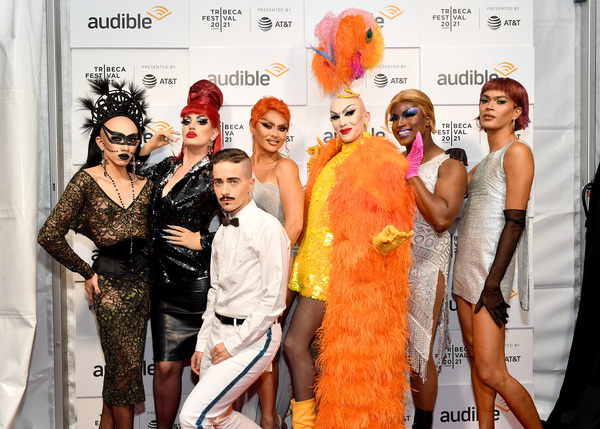 Photos: Drag Stars and More Turn Out for Premiere of HOT WHITE HEIST Podcast
