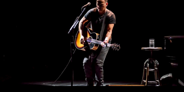SPRINGSTEEN ON BROADWAY Will Allow Guests Vaccinated With FDA or WHO Approved Vaccine Photo