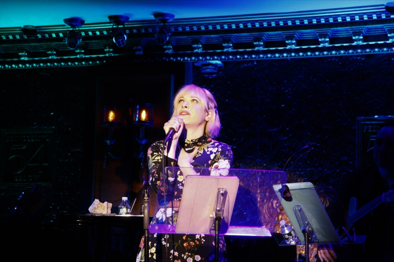 BWW Review: SHAKINA NAYFACK Makes It Through In WHATEVER GETS YOU THROUGH IT at Feinstein's/54 Below
