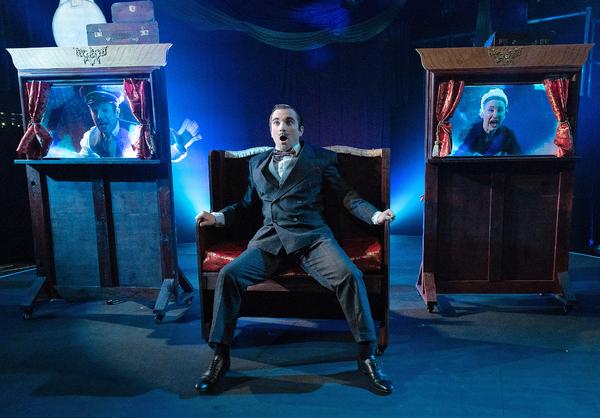 Photo Flash: See Matthew Kellett, Catrine Kirkman and Philip Lee in EXPRESS G&S at Pleasance Theatre