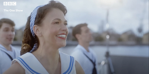 Watch Sutton Foster Perform Title Number of ANYTHING GOES! Video