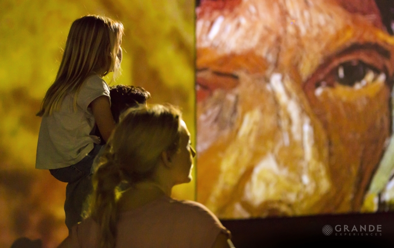 BWW Review: VAN GOGH is ALIVE at Stanley Marketplace