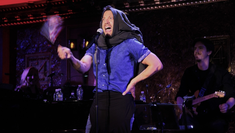 BWW Review: John Tartaglia Goes Puppet-Less And Tells Us All We BETTER GET TO LIVIN' at Feinstein's/54 Below
