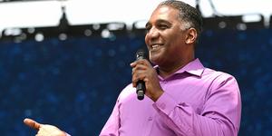 BWW Review: A BROADWAY CELEBRATION Brings the Music Back at Heinz Field Photo