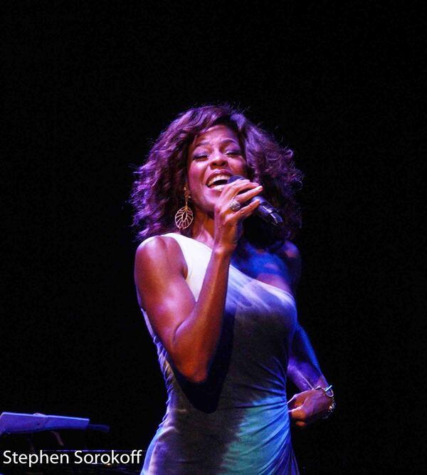 Photos: Nicole Henry Plays The Arts Garage