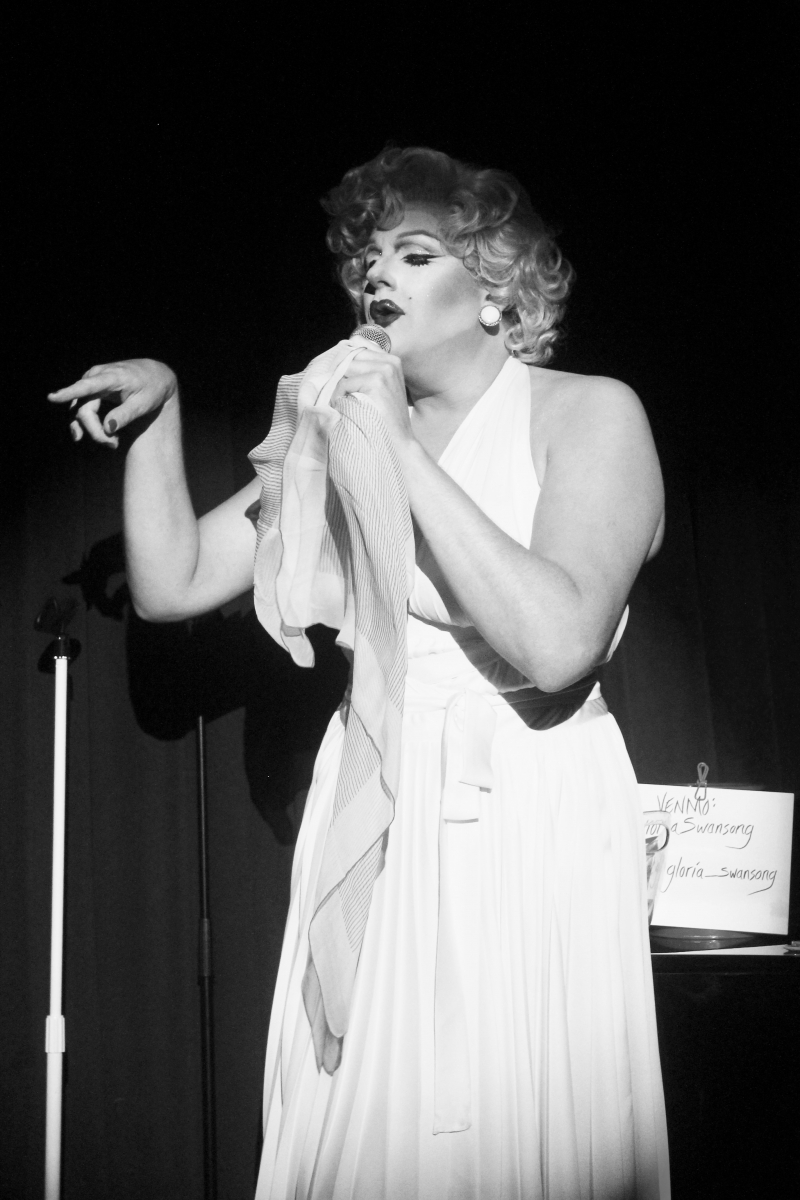 BWW Review: Gloria Swansong's Weekly JUDY GARLAND Show Livens Up A Night Out In A New Club Called THE Q