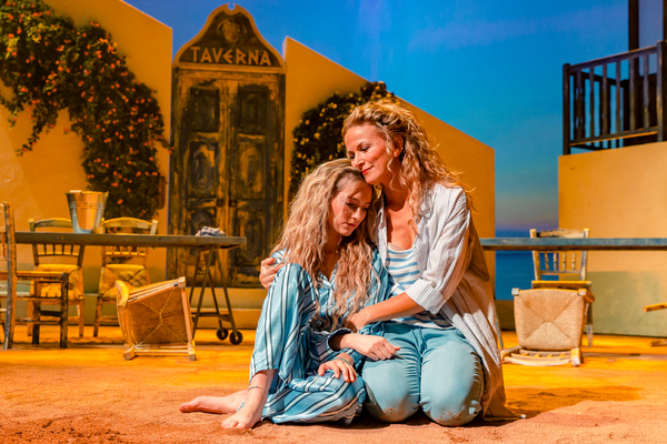 Photo Flash: Get A First Look At MAMMA MIA! In Belgium