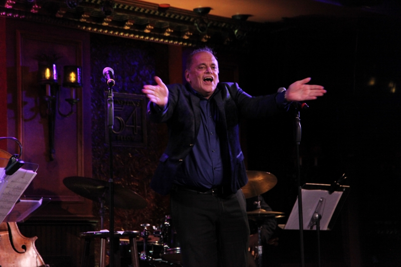 BWW Review: JOHN MINNOCK Throws a Party at Feinstein's/54 Below And Everyone Shows Up