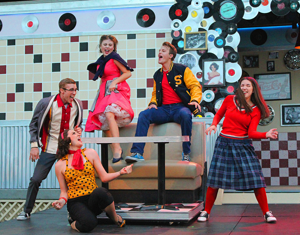 Photos: GOIN' TO THE CHAPEL at Cortland Repertory Theatre