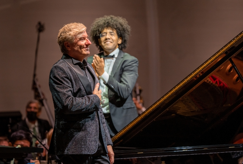 BWW Review: SAN DIEGO SYMPHONY'S OPENING CONCERT AT THE NEW RADY SHELL AMPHITHEATER in Jacobs Park