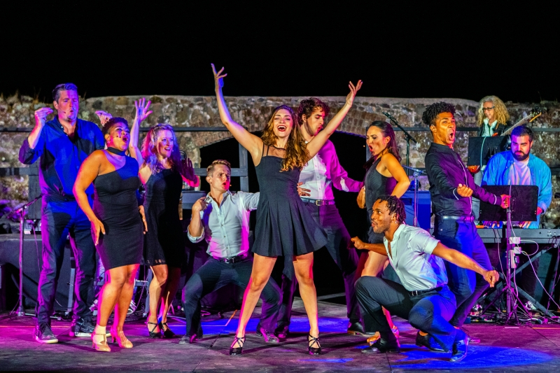 BWW Review: Transcendence Theatre's 'Broadway Under the Stars' Celebrates 10 Years with a 'Road-Trip!'