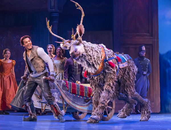 Disney Theatrical Productions under the direction of Thomas Schumacher presents Froze Photo