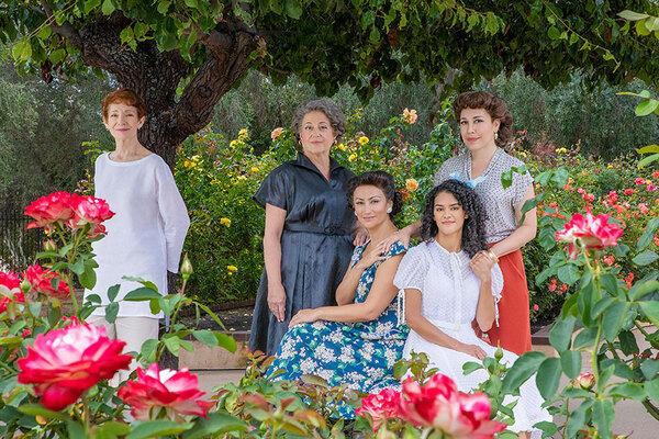 Photos: Andréa Burns, Mary Testa, Eden Espinosa & More to Star in THE GARDENS OF ANUNCIA World Premiere