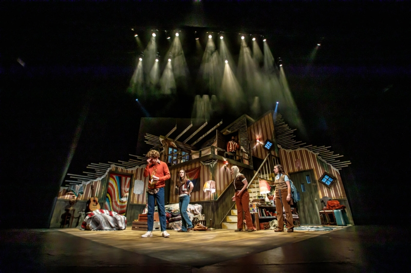 BWW Review: DAYS OF RAGE at Playhouse On The Square