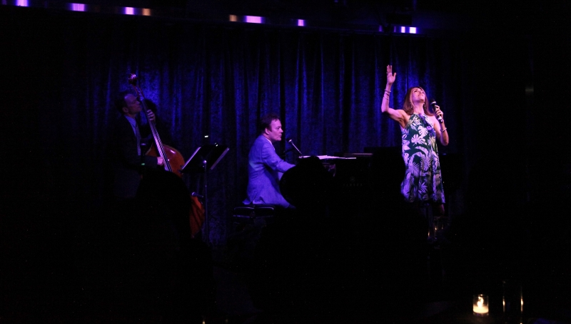 BWW Review: Eric Comstock Makes The Audience At Birdland Beg For More ... But Does He Give It To Them?