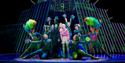 Photos: Get A First Look At The New Non-Replica Production of WICKED in Hamburg Photo