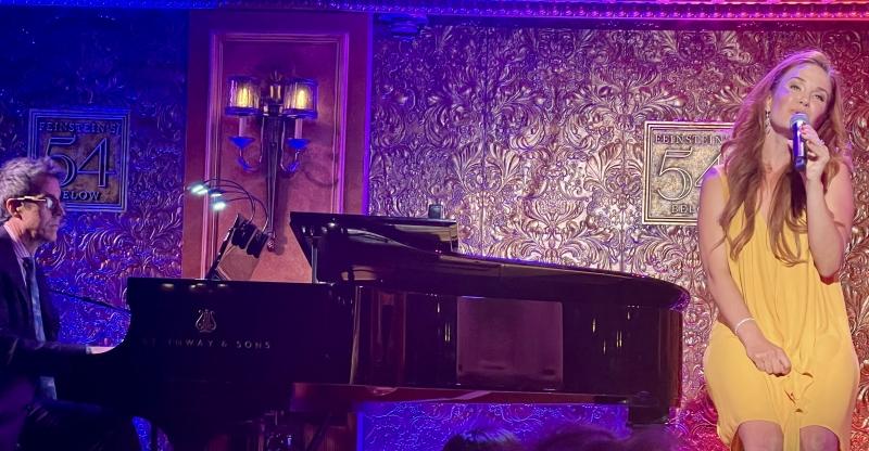 BWW Review: SIERRA BOGGESS Makes Joyful Music at 54 Below