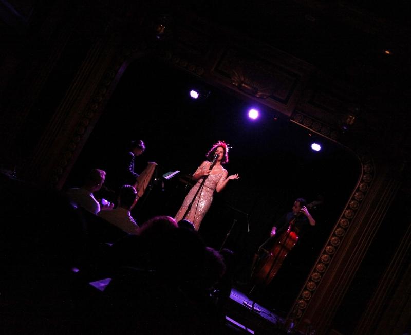 BWW Review: With AMERICAN DIVAS IN PARIS, Chloe Perrier Sings & Swings & Is A Smooth Jazz Diva Herself At The Triad