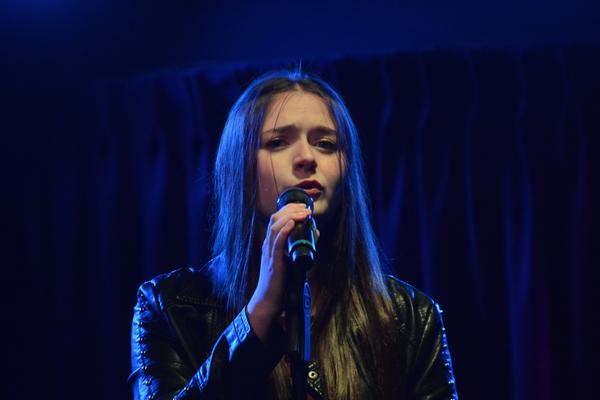 Bella Retter Photo
