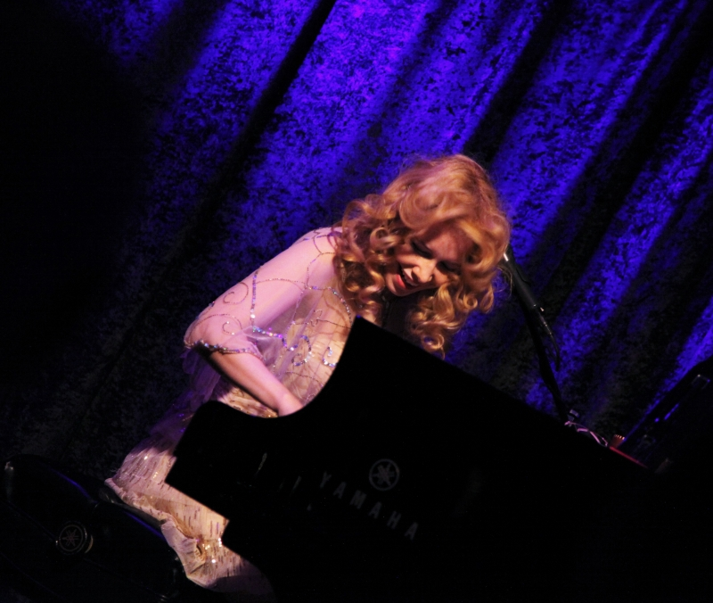 BWW Review: NELLIE MCKAY Speaks Softly And Carries a Big Voice at Birdland Theater
