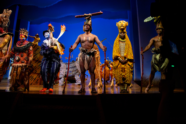 Photos: Go Inside the Curtain Call for THE LION KING's Return to Broadway