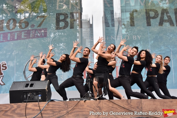 Bianca Marroquin and the Cast of Chicago that includes- Mary Claire King, Christine C Photo
