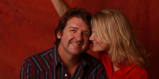 BRUCE ROBISON & KELLY WILSON Come To The Lewisville Grand Theater Photo