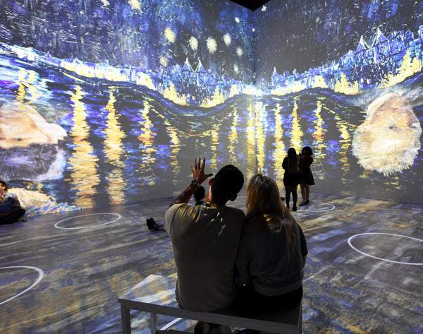 Photos: THE ORIGINAL IMMERSIVE VAN GOGH EXHIBIT Opens in Las Vegas