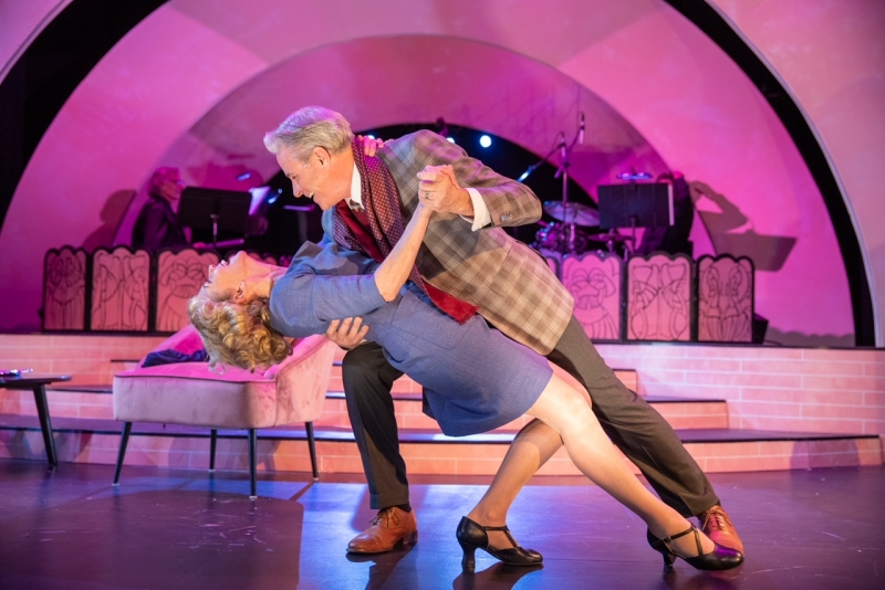 BWW Review: TENDERLY: THE ROSEMARY CLOONEY STORY at Ensemble Theatre Company