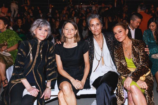 Jane Fonda, Jodie Foster, Alexandra Hedison, Jennifer Grey Photo