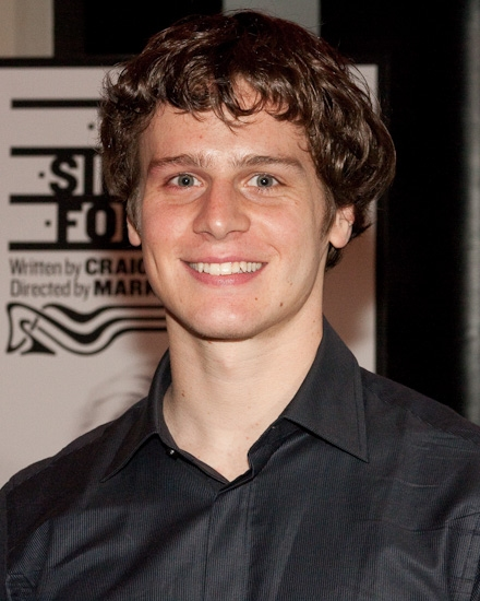 jonathan groff boyfriend. Jonathan is going to be on