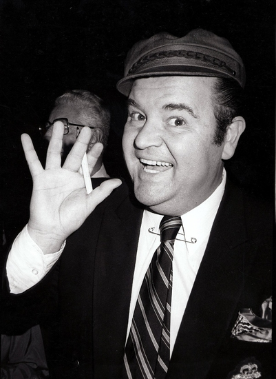 photo tribute remembering dom deluise