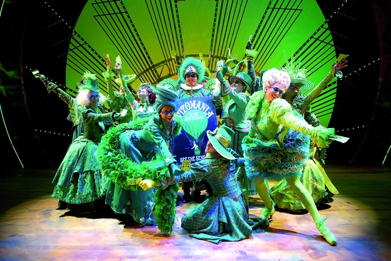 Photo Flash: West End WICKED Welcomes Kelly, Anderson on 5/11