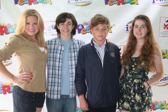 Photo Coverage: Hilty, Hodges & AVENUE Q Cast at 'Broadway Salutes Pet Rocks'