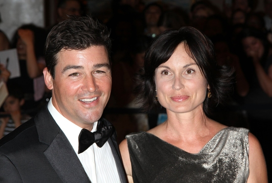 Kyle Chandler with his wife