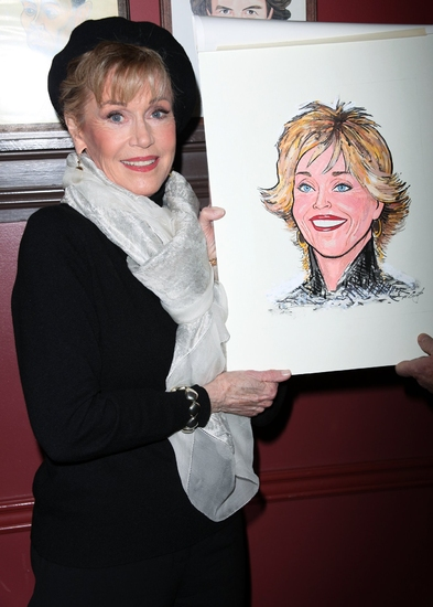 Photo Coverage: 33 Variations Star Jane Fonda's Caricature Unveiled at Sardi's