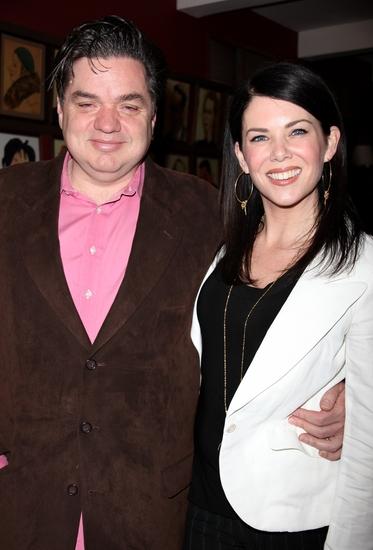 Oliver Platt and Lauren Graham