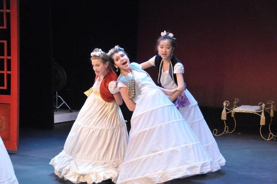 Leah Lane, Cecila Whitney and Olivia Richert