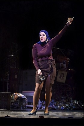Photo Flash: Grey Gardens: The Musical At Portland Center Stage