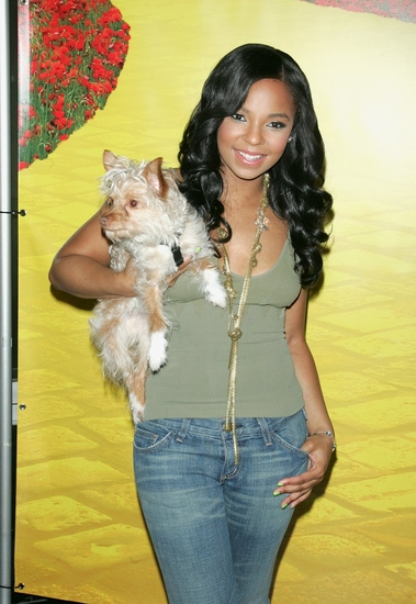Photo Coverage: THE WIZ's Ashanti and Nigel Host 'There's No Place Like Home' Adoption Day at City Center