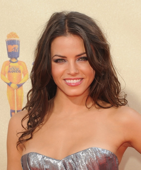 Jenna Dewan at 2009 MTV Movie Awards at the Gibson Amphitheatre