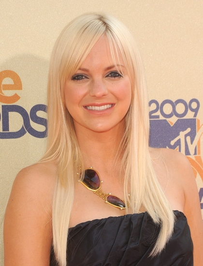 Anna Faris at 2009 MTV Movie Awards at the Gibson Amphitheatre