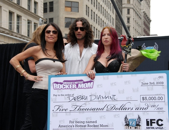 Photo Coverage: Maroulis, Bach and Frankel Host America's Hottest Rocker Mom Contest